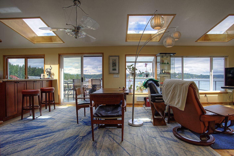 Incroyable Fabulous Waterfront With 150u0027 Dock And Outdoor Living   795 Enati Way, Fox  Island WA
